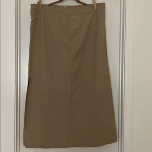 Old Navy Outlet Pencil skirt with side slit